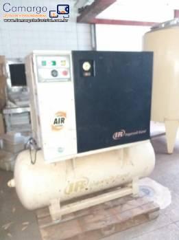 Compressor de ar parafuso Ingersoll Rand
