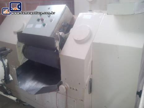 Moinho refinador com 3 cilindros para sabonete G.Mazzoni